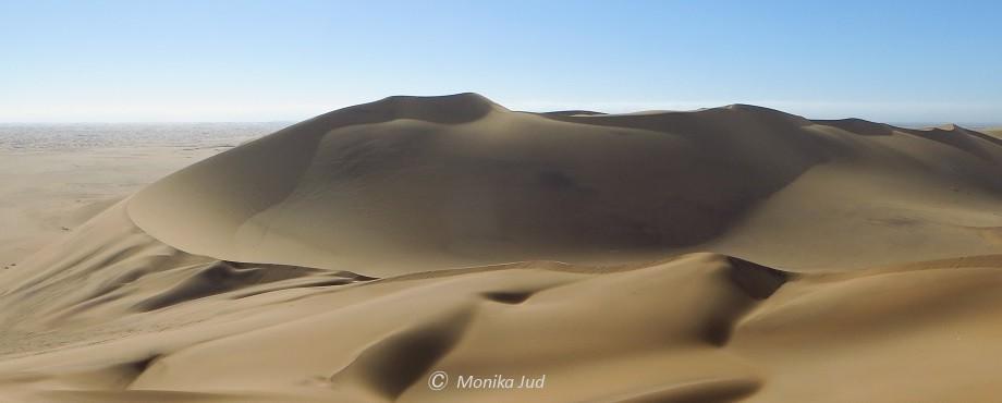 Sanddünen zwischen Swakopmund und Walvis Bay