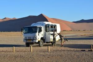 Namibia Gruppenreisen - Safari-Fahrzeug